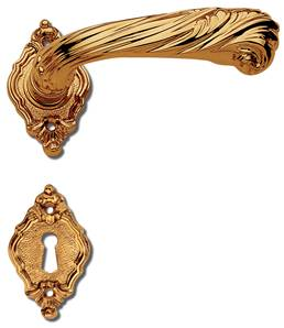 C12011 Style Italian Baroque Lever Handles On Rose